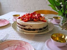 I think I just died and went to heaven!   Vegan white chocolate mousse torte xx #coconutandquinoa