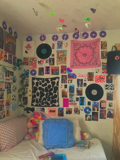 Indie Room Decor, Cute Room Decor, Aesthetic Room Decor, Wall Decor, Room Design Bedroom, Room Ideas Bedroom, Bedroom Decor, Bedroom Inspo, Chambre Indie