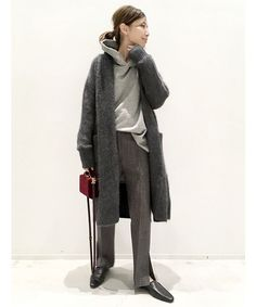 コーディネートスナップ in 2020 Wide Pants, Fashion Outfits, Womens Fashion, Fashion Styles, Scandinavian Style, Korean Fashion, Fur Coat, Normcore, Street Style