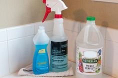 Tub And Shower Magic Recipe 12 oz white vinegar 12 oz blue dawn Heat vinegar in microwave until hot and pour into squirt bottle. Add the Dawn soap. Put the lid on and gently shake to incorporate. Homemade Cleaning Products, Household Cleaning Tips, Cleaning Recipes, House Cleaning Tips, Natural Cleaning Products, Cleaning Hacks, Vinegar Shower Cleaner, Tub Cleaner, Glass Shower