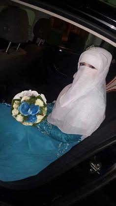 Wedding Hijab Styles, Muslim Wedding Dresses, Face Photography, Wedding Photography, Niqab Fashion, Face Veil, Hijab Niqab, Modest Outfits, Beautiful Bride