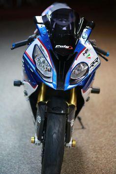 Bike Bmw, Yamaha Bikes, Moto Bike, Bmw Motorcycles, Super Bikes, Kawasaki Bikes, Bike Room, Stunt Bike, Bmw S1000rr