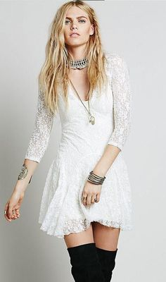 Details: Lace dress V Neck Material:Polyester Regular wash Free Shipping ! We accept Paypal . SIZE(CM) US Bust Length S 2/4 94 80 M 6/8 100 81 L 10/12 106 82 XL 14/16 112 83