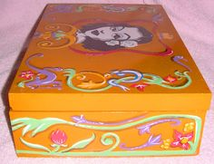 Lateral de caja para té fileteada / Side box for tea. Fileteado Porteño