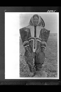 Kila Arnauyuk, daughter of Higilak, at Bernard Harbour - Copper Inuit - 1916