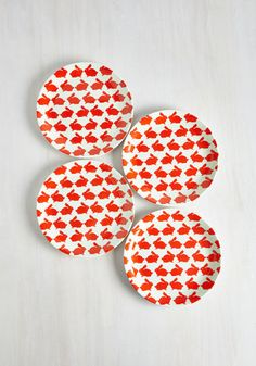 Hop Over to my Table Plate Set - From the Home Decor Discovery Community at www.DecoandBloom.com