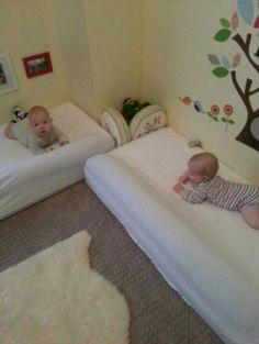 Why Baby Led Weaning Works for Us Floor beds, use a pool noodle to encourage them to stay in the bed Montessori Baby, Montessori Bedroom, Baby Crib Bumpers, Baby Cribs, Discount Bedroom Furniture, Kid Furniture, Baby Led Weaning, Twin Babies, Baby Time