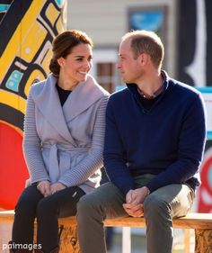 "PA Images on Twitter: ""The Duke & Duchess of Cambridge at a First Nation cultural welcome in Carcross, Canada #RoyalVisitCanada"