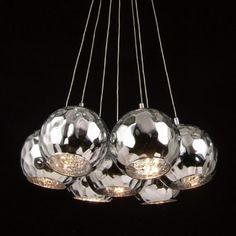 Suspension composée de 7 sphères chromées et d'ampoules G4. Pas cher chez…