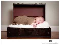 Newborn baby portraits in Silver Spring, MD