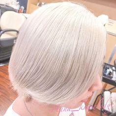 HanaさんはInstagramを利用しています:「.ㅤㅤㅤㅤㅤㅤㅤㅤㅤㅤㅤㅤㅤ 紫な白ㅤㅤㅤㅤㅤㅤㅤㅤㅤㅤㅤㅤㅤ ㅤㅤㅤㅤㅤㅤㅤㅤㅤㅤㅤㅤㅤ ㅤㅤㅤㅤㅤㅤㅤㅤㅤㅤㅤㅤㅤ ㅤㅤㅤㅤㅤㅤㅤㅤㅤㅤㅤㅤㅤ すこーし、紫。ㅤㅤㅤㅤㅤㅤㅤㅤㅤㅤㅤㅤㅤ 暖かめな白を作りたい時、本当#ソマルカ の #ブラウンシャンプー…」 White Blonde, Hair Makeup, Make Up, Hairstyle, Long Hair Styles, Beauty, Instagram, Fashion, Hair Job