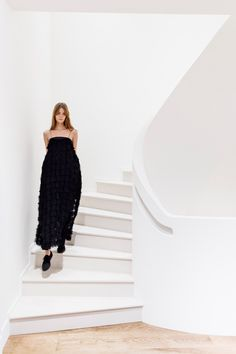 See the complete The Row Spring 2017 Ready-to-Wear collection.