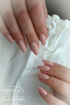 Chic Nude by Kinga Kryńska Indigo Educator #nails #nail #nude #indigo #indigonails #nailsart #nude #nudenails #chicnude #sexynails #sexy #springnails