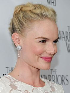 Interested in Braid Hairstyles? In our page you can view many pictures of celebrity hairstyles-braid. Braid instructions and braid styles just for you. Low Side Ponytails, Side Ponytail Hairstyles, Mom Hairstyles, Celebrity Hairstyles, Pretty Hairstyles, Kate Bosworth, Pelo Midi, Midi Hair, Braid Styles