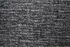 Tejido tipo chanel de color negro y blanco, idóneo para chaquetas tipo tweed, chaquetones, vestidos, abrigos...#chanel #lana #bicolor #blanco #negro #tweed #abrigos #trajechaqueta #vestidos #tejido #tejidos #textil #tela #telasseñora #telasniños #comprar #online