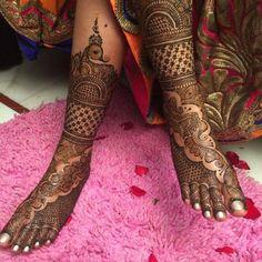 Awesome Mehandi Design