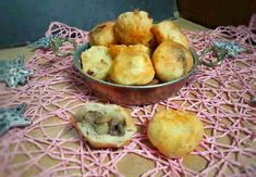 Side Plates, Baked Potato, Muffin, Potatoes, Baking, Breakfast, Ethnic Recipes, Food, Morning Coffee