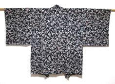 JAPANESE KIMONO SILK HAORI / FLOWER KOMON / BLACK / SILK FABRIC