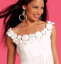 yo yos mccall pattern 5851? Sewing Clothes, Diy Clothes, Sewing Hacks, Sewing Crafts, Diy Fashion, Fashion Dresses, Yo Yo Quilt, Kleidung Design, Do It Yourself Fashion