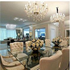 Beige Dining Room, Dining Room Table Decor, Elegant Dining Room, Dining Room Design, Dining Furniture, Room Decor, Luxury Homes Interior, Interior Exterior, Boho Living Room