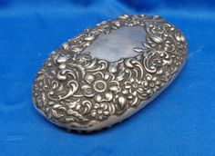 1898 Gorham Repousse Sterling Silver Vanity Clothes Brush