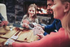 Ten Ideas for Fun Family Games Family Card Games, Card Games For Kids, Expression Populaire, Free Card Games, Winter Forest, Play Hearts, Playing Card Games, Old Games, Adult Games