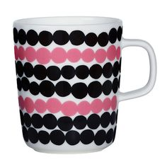 Marimekko Rasymatto Black / Pink Mug Pretty in pink. Perk up your morning coffee or afternoon tea with the delightful Marimekko Rasymatto Mug. Maija Louekari's classic Rasymatto (Rag Rug) pattern is refreshed with a pink and black . Marimekko, Black And White Dishes, African Textiles, Stoneware Mugs, Linocut Prints, Scandinavian Design, Print Patterns, Floral Patterns, Textile Patterns