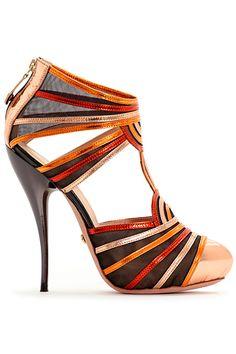 #Stunning Women Shoes #Shoes Addict #Beautiful High Heels #Wonderful Shoes #Shoe Porn  Viktor & Rolf #dental #poker