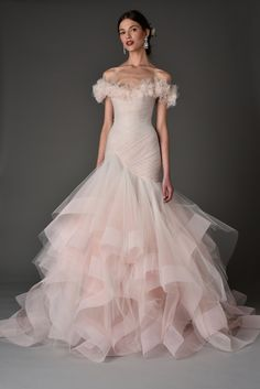 High Quality Blush Pink Wedding Dresses 2017 Off the Shoulders Pleated Bodice Ruffled Skirt Wedding Gowns _ {categoryName} - AliExpress Mobile Version - 2018 Wedding Dresses Trends, Designer Wedding Dresses, Bridal Dresses, Wedding Gowns, Wedding Mandap, Wedding Receptions, Marchesa Bridal, Marchesa 2017, Marchesa Spring