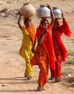Femmes indiennes..........INDIA
