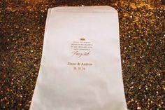 dessert-table-paper-bags