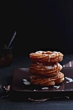 Wiem co jem: Wiem co jem: Bezglutenowe pączki wiedeńskie Waffles, Pancakes, Gluten Free Recipes, Healthy Recipes, Healthy Sweets, Doughnut, Free Food, Sweet Tooth, Paleo