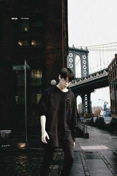 Doyoung black and white aesthetic Winwin, Taeyong, Jaehyun, Nct 127, K Pop, Nct Doyoung, Korean Boy, Black And White Aesthetic, Na Jaemin