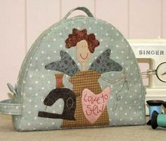 The Birdhouse Patchwork Designs Angel Project Tote This only includes pattern It will require fabric and other items to make Sewing Case, Love Sewing, Applique Patterns, Applique Quilts, Bag Patterns, Diy Sewing Projects, Sewing Crafts, Quilting Projects, Anni Downs