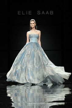 ELIE SAAB HAUTE COUTURE by Munkeat Photography, via Flickr