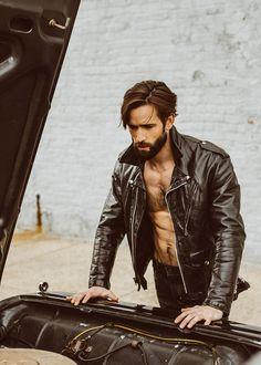 Bearded Model Levi Jackson Revs a 'Brooklyn Classic' Car Levi Jackson, Rugged Style, Rugged Men, Hairy Men, Bearded Men, Leather Fashion, Leather Men, Leather Jackets, Mens Fashion