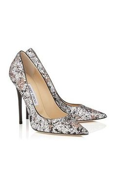 Cool 24 Elegant Wedding Shoes Ideas for Make Beauty Women https://weddingtopia.co/2017/09/20/24-elegant-wedding-shoes-ideas-make-beauty-women/ When designer shoes are involved, it may be hard to budget the money for those shoes. Shoes such as these are occasionally regarded as a Balmoral Oxford, particularly if it has a toe cap. If you prefer designer wedding shoes, silver is a great option.