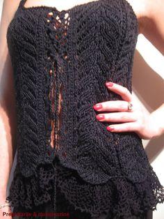 "Knitted / crocheted black lacy vintage corset / vest   ""Mignone noir"""