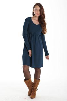 Mothers en Vogue Avery Organic Must-Have Long Sleeve Nursing Dress in Mood Indigo