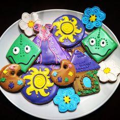 Rapunzel Tangled cookies plate www.thkatsmeow.com