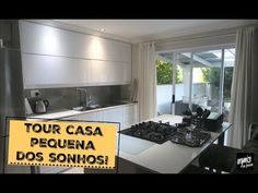 TOUR: CASA PEQUENA DOS SONHOS! | Organize sem Frescuras! - YouTube Pool House Plans, Kitchen Island, Kitchen Cabinets, Casa Clean, Design, Home Decor, Sports, House Plans With Pool, Home Ideas