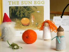 Twinkles and Twigs: The Sun Egg peg people