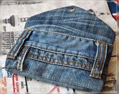 """Lost im Papierladen: Handytaschen """"Bowie"""" - zum Zweiten Artisanats Denim, Denim Art, Denim Purse, Diy Jeans, Jean Crafts, Denim Crafts, Jeans Recycling, Jean Diy, Denim Ideas"""