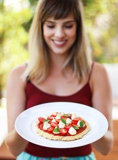 Pizza lowcarb funcional e sem glúten. Uma opção saudável e deliciosa! | Receita | Vídeo | Pati Bianco | Fru-fruta