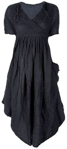 darkmorigrimoire:  Daniela Gregis Gray Pleated Dress