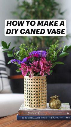 Spring Home Decor, Easy Home Decor, Mason Jar Crafts, Bottle Crafts, Diy Wedding Decorations, Flower Decorations, Fall Crafts, Diy Crafts, Succulent Wall Planter