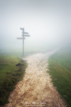 Path To Somewhere (The important thing is not only to reach the destination but to know to enjoy the way) by Mikel Martinez de Osaba on 500px Clique aqui http://mundodeviagens.com/promocoes-de-viagens/ para aproveitar agora Viagens em Promoção!