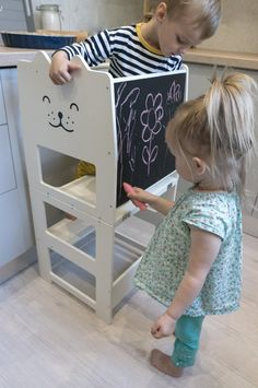 Standing tower for toddler / WHITE / Little tower/ kitchen tower / kitchen helper / step stool / Montessori learning stool / kids table / Learning Tower, Creation Deco, Kitchen Helper, Baltic Birch Plywood, Kid Table, Diy Chair, Kids Furniture, Recycled Furniture, Handmade Furniture