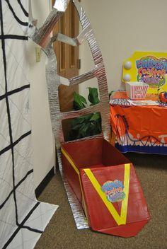 Coaster car in floor at bottom of trackj Vbs Crafts, Cardboard Crafts, Pre School, Sunday School, Bulletin Board Borders, Clown Party, Vbs 2016, Vacation Bible School, Classroom Themes