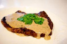 Aussie Pepper Steak / Steak With Creamy Pepper Sauce